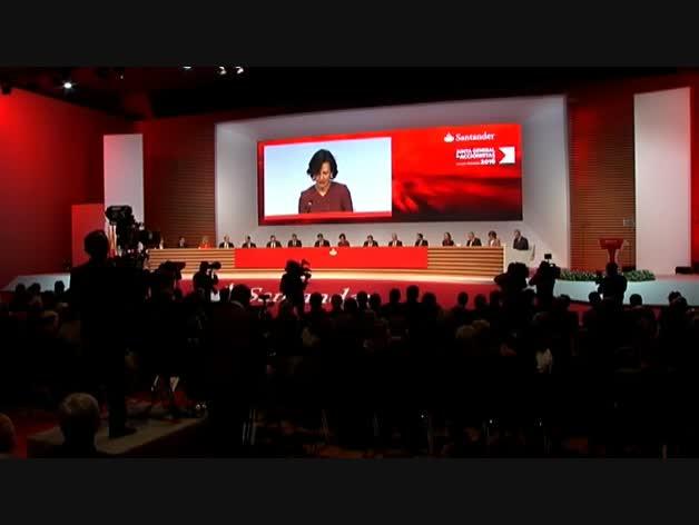 La Guardia Civil se presenta en el Banco Santander