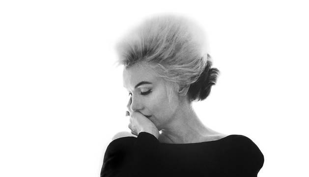 Fotografía facilitada por la galería vienesa WestLicht, de la última sesión de fotos de Marilyn Monroe, en la suite 261 del Hotel Bel-Air en Los Ángeles, a finales de junio de 1962.