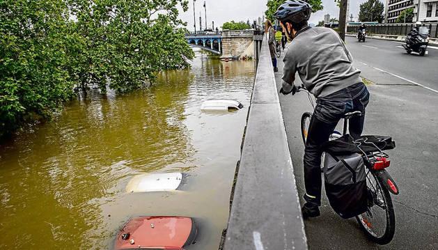 Al menos 4 muertos y 24 heridos desde el inicio de inundaciones en Francia