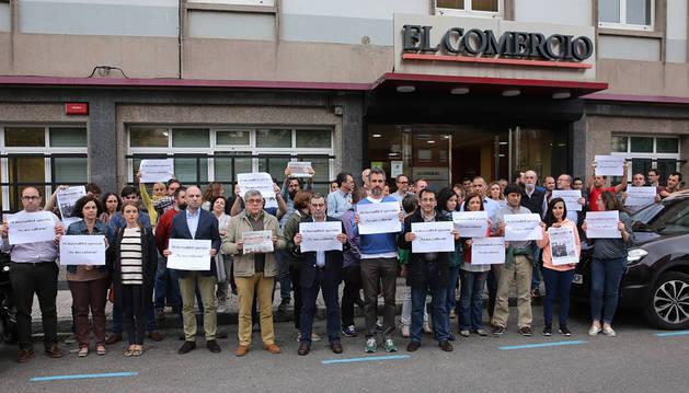 Periodistas asturianos rechazan la petición de cárcel promovida por un diputado