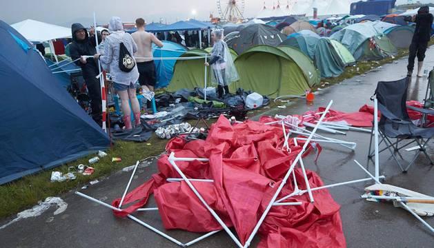 Un rayo causa 42 heridos en un festival de rock en Alemania