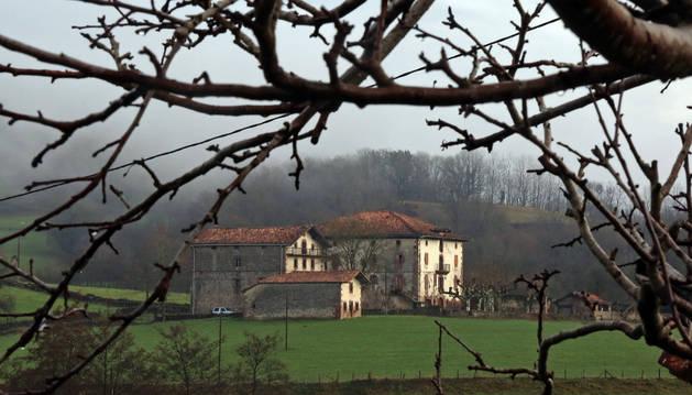 Vista del Palacio de Aroztegia.
