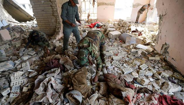 Hallan una fosa común con 400 cadáveres en la ciudad iraquí de Faluya