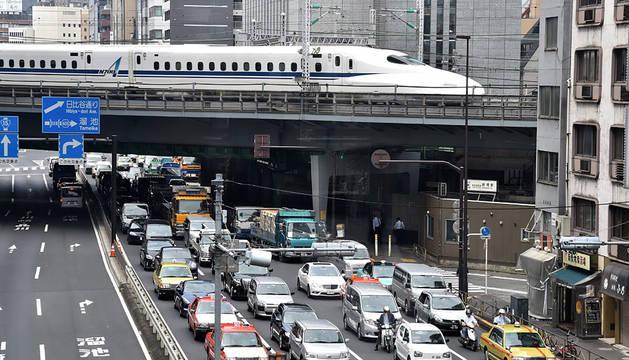 Tráfico en Tokio.