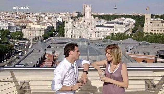 Albert Rivera y Susana Griso, durante un momento del programa.