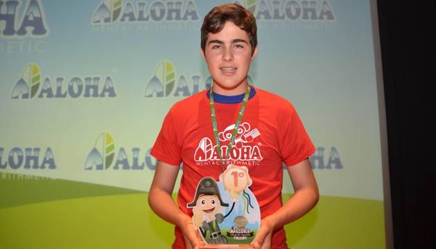 Un niño navarro se alza con el título de campeón nacional de cálculo con ábaco