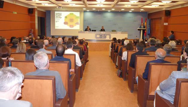 Al actohan asistido la presidenta del Gobierno, Uxue Barkos, y el presidente de la CEOE, Juan Rosell