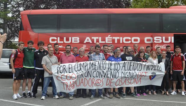 La plantilla de Osasuna apoya la reivindicación del personal no deportivo