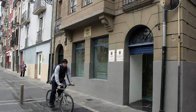 Imagen del centro en la calle Compañía de Pamplona.