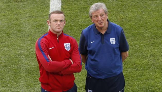 Rooney y Hodgson, en Marsella.