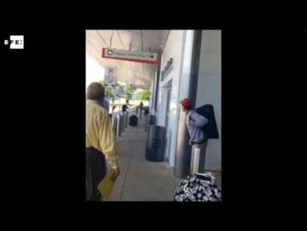 Un tiroteo en el aeropuerto de Dallas
