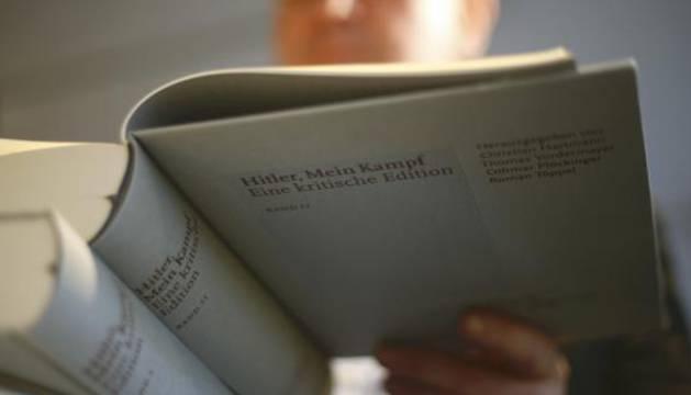Ejemplar de 'Mein Kampf' de Hitler.