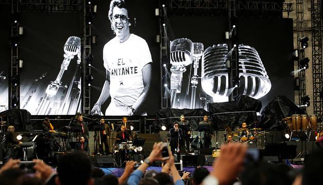 Blades, Vives y Marc Anthony encandilan a la multitud en México