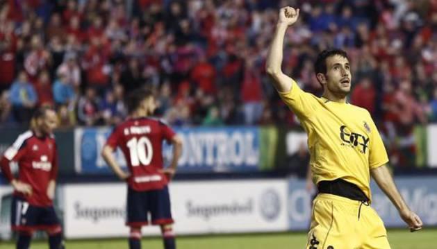 Kiko Olivas celebra un gol.