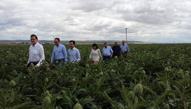 El presidente del PP y del Gobierno en funciones, Mariano Rajoy, ha mostrado este miércoles en Tudela su apoyo a las diputaciones provinciales como garantes de los derechos de las personas que viven en el mundo rural.