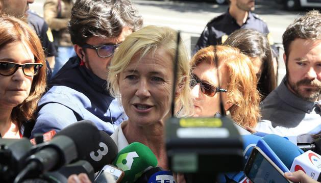 Ana Duato, muy afectada, niega conocer el fraude fiscal del despacho Nummaria