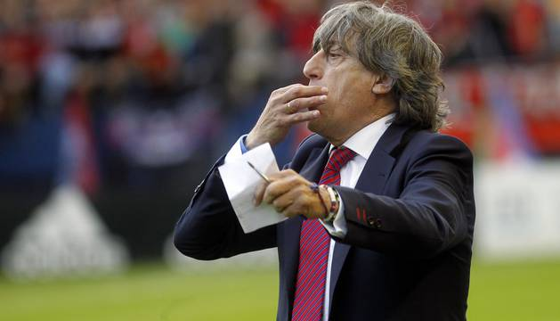 Enrique Martín, entrenador de Osasuna.