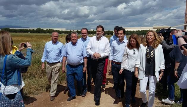 Rajoy visita la finca de alcachofas Castel Ruiz en Tudela