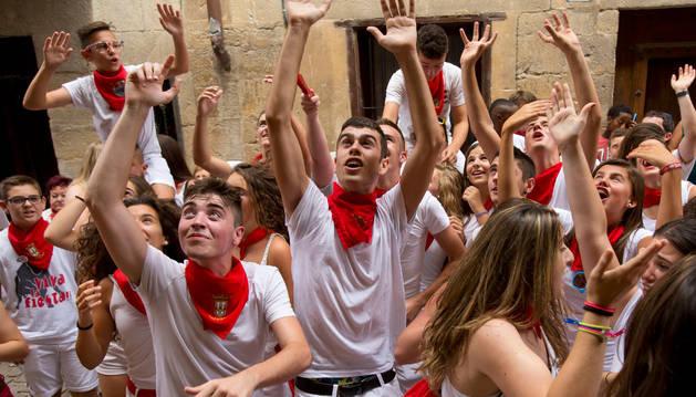 Imagen de archivo del inicio festivo en Puente la Reina.