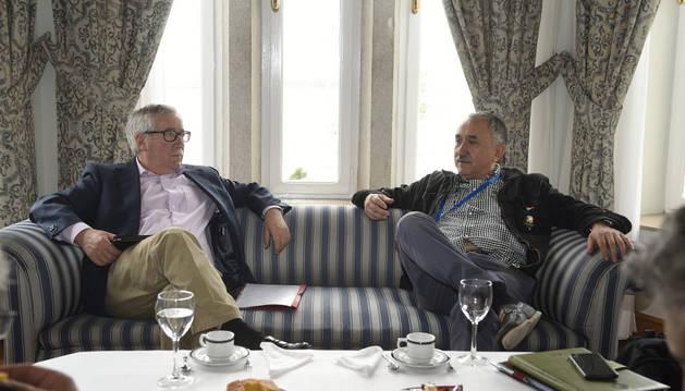 Los secretarios generales de CC OO y UGT, Ignacio Fernández Toxo (i) y Pepe Álvarez.