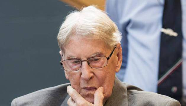 El exmiembro de las SS Reinold Hanning, condenado por los crímenes nazis de Auschwitz.