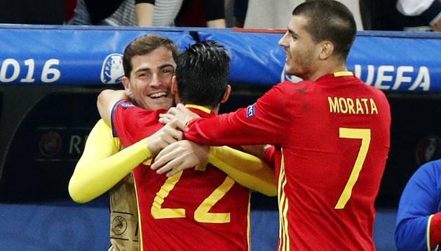 España saca músculo en la Eurocopa (3-0)