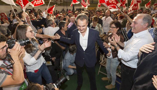 Zapatero agradece los elogios de Iglesias y pide un Gobierno