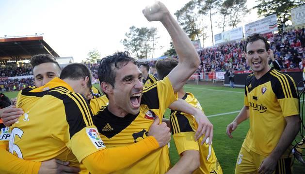 Imágenes del encuentro del playoff por el ascenso que dio el ascenso al C.A. Osasuna en Montilivi.