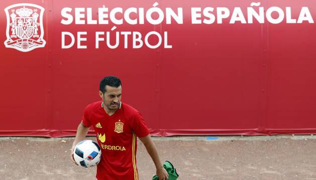 Pedro, con España en Francia.