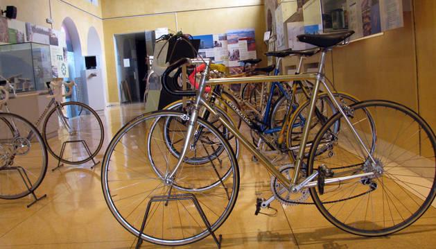 El Museo de Educación Ambiental acoge diez bicicletas míticas de carrera