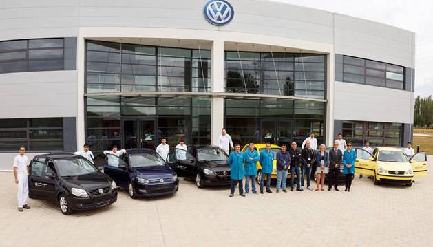 Los alumnos utilizarán los vehículos para completar sus prácticas en automoción