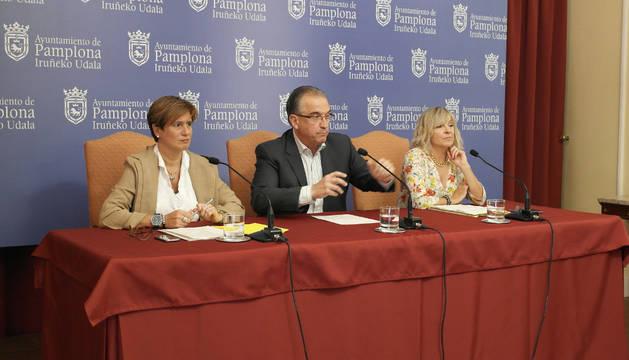 """UPN y PSN exigen la dimisión de Labarga (Aranzadi) por contratos """"irregulares"""""""