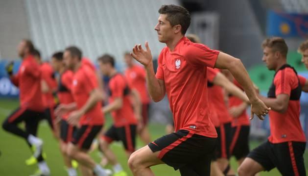 Lewandowski, con Polonia.