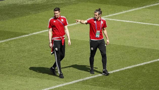 Gareth Bale, con Gales.