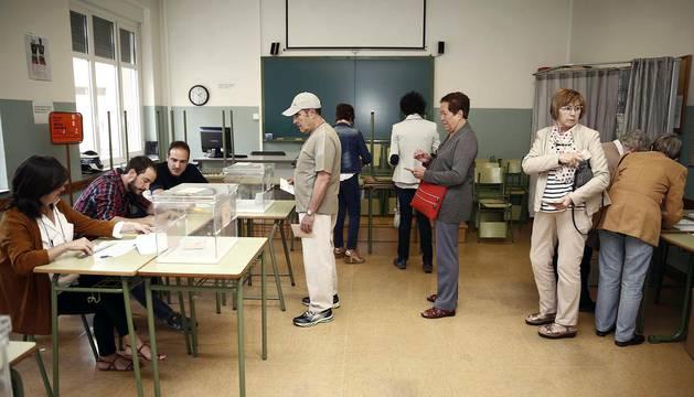 Más de 500.000 personas pueden votar en Navarra en las Elecciones Generales. De ellas, 25.350 han solicitado ejercer su derecho a voto por correo.