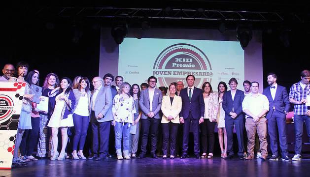 Imágenes del acto de entrega de los Premios Joven Empresario 2015, organizados por AJE Navarra en colaboración con DN Management.