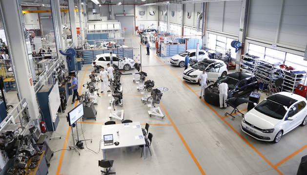 Trabajadores de la planta Volkswagen en Landaben.