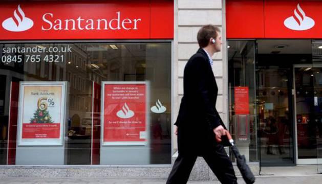 Sucursal del Banco Santander en Londres (Reino Unido).