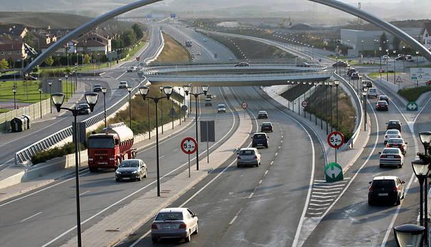 Mueren dos motoristas en un accidente en la A-12 en Zizur