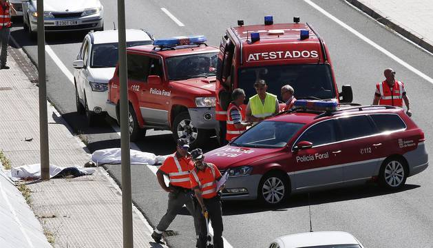 El comisario de Policía Foral Mario Zunzarren y su pareja mueren en un accidente de moto en la A-12 en Zizur.