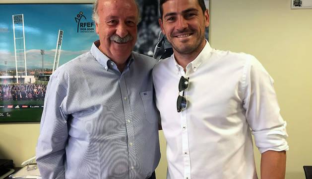 Imagen que ha difundido Iker Casillas este lunes desde su cuenta de Twitter.