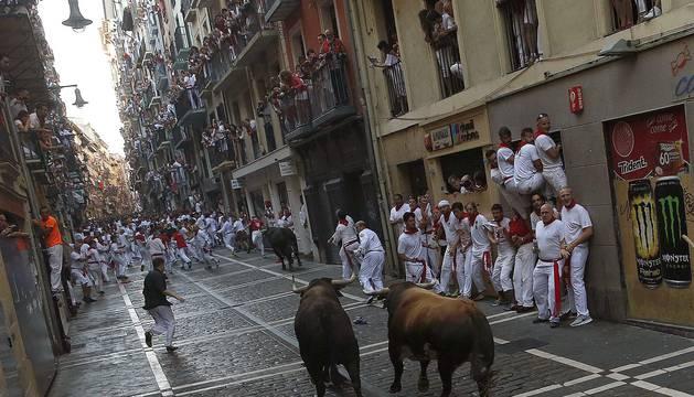 Los toros de Cebada Gago crearon mucho peligro en la calle Estafeta