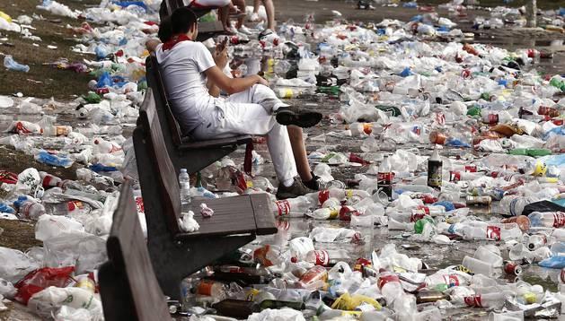 Fiesta, suciedad y ambiente en los Sanfermines.