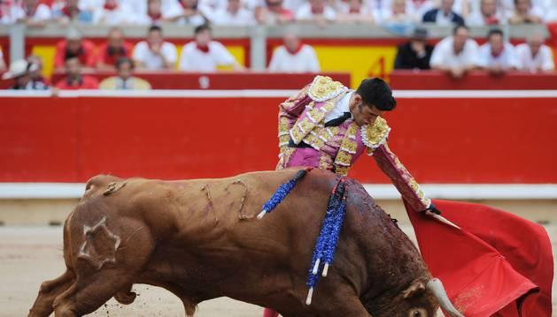 Una oreja para López Simón y otra para Talavante, que firmó el mejor toreo