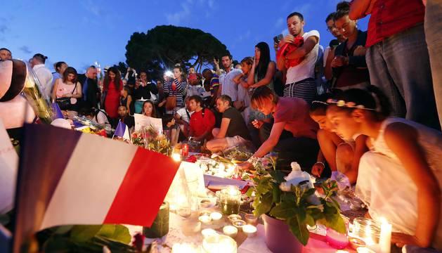 Duelo en Niza por las víctimas del atentado