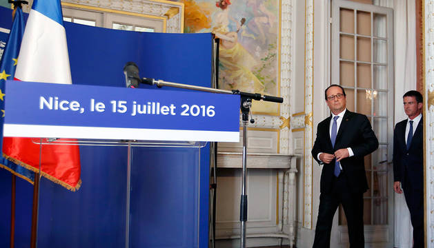 El presidente francés, François Hollande, durante la rueda de prensa de este viernes desde Niza.