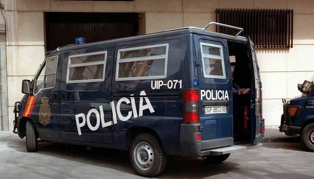 Un furgón de la Policía Nacional.
