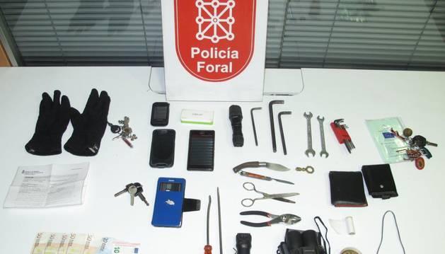 Tres detenidos en Estella por robar con fuerza en vehículos aparcados