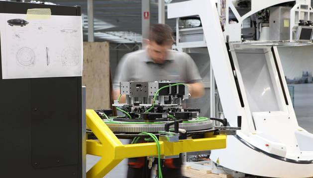 Imagen de una de las máquinas EVA (Evaluador de la Visión Automatizada), diseñadas y fabricadas por Davalor Salud.