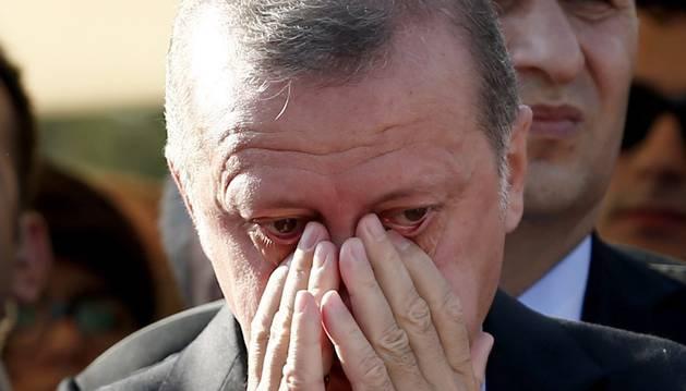 La Turquía de Erdogan pide pena de muerte para los golpistas